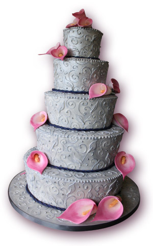 silver brocade wedding cake with calla lilies